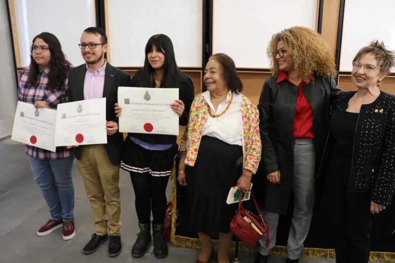La Academia premia los mejores trabajos de titulación de Letras Hispánicas de la UNAM