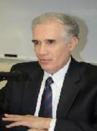 Recibe Diego Valadés presea Altamirano