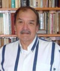El escritor, investigador y editor Miguel Capistrán fue elegido académico de número