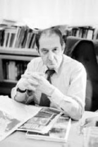 Eduardo Lizalde habla, en entrevista para La Crónica, sobre el papel del poeta y de la poesía en el mundo contemporáneo