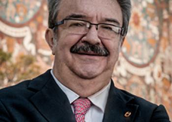 Protección del derecho de autor en México, Una conferencia de Fernando Serrano Migallón