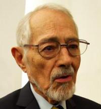Ruy Pérez Tamayo recibe el Premio Juan Crisóstomo Doria a las Humanidades en la FUL 2016