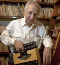 Articulan proyecto para celebrar a Vicente Leñero dramaturgo