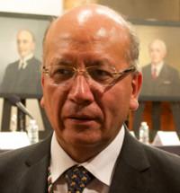 Vicente Quirarte recuerda entrada triunfal de Benito Juárez a la capital